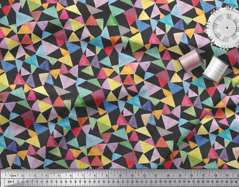 Soimoi-Black-Cotton-Poplin-Fabric-Triangle-Geometric-Print-Fabric-0sF thumbnail 3