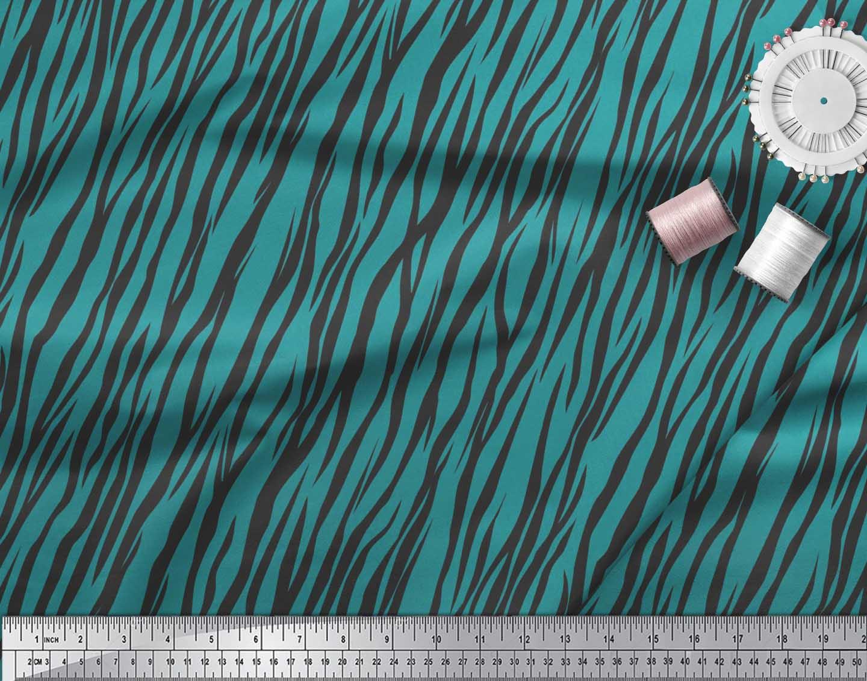 Soimoi-Green-Cotton-Poplin-Fabric-Wild-Animal-Skin-Print-Sewing-B1T thumbnail 4